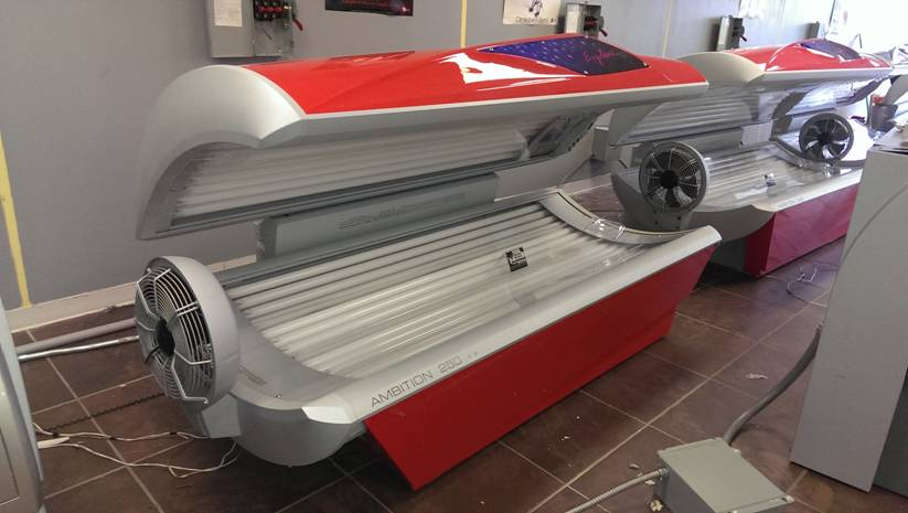 the tanning bed industry and the Interested in launching a new tanning salon business you aren't alone the tanning industry is becoming more popular and lucrative each year, driven by a society that sees a tan as an attractive accessory to any person's appearance.